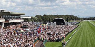 Ten Sovereigns and Advertise head £300,000 G1 32Red Sprint Cup at Haydock